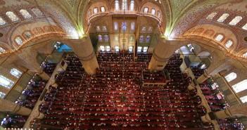 Prayer-Masjid-Turkey